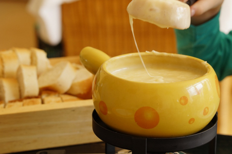 Un terrible accident de fondue fait 7 blessés (+ photos)